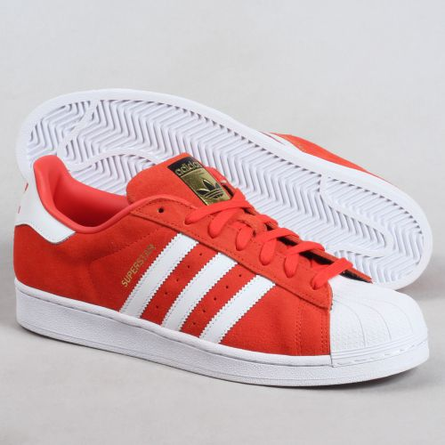 gamme exclusive rétro adidas chaussures homme rouge daim