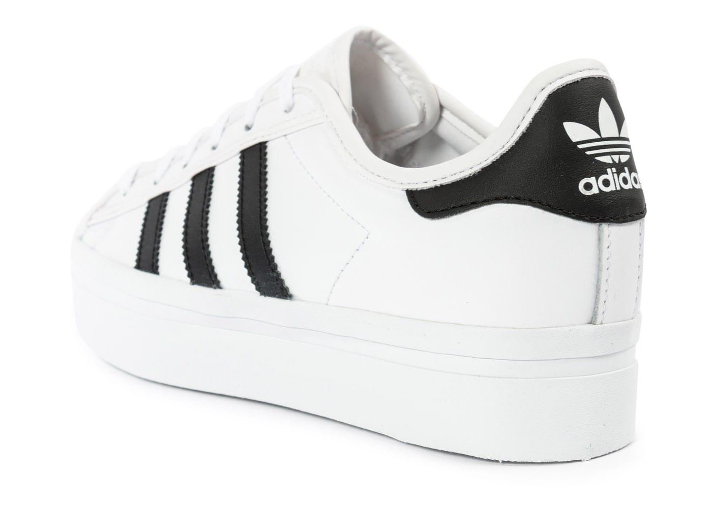 Nouveautés et marques les plus vendues basket adidas