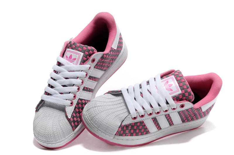 chaussure adidas femme montant pas cher